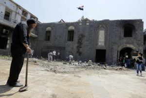 TOPSHOTS-SYRIA-CONFLICT-HOMS