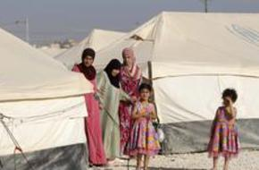 David Cameron Visits Syrian Refugee Camp